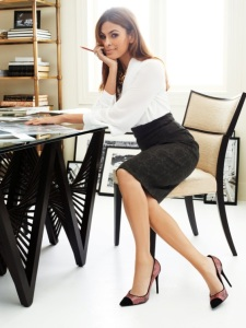 eva_mendes_at_desk