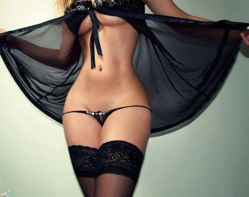 stockings_thong_peignoir