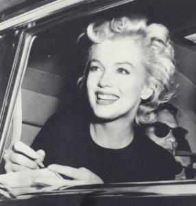 marilyn escort marbella signing