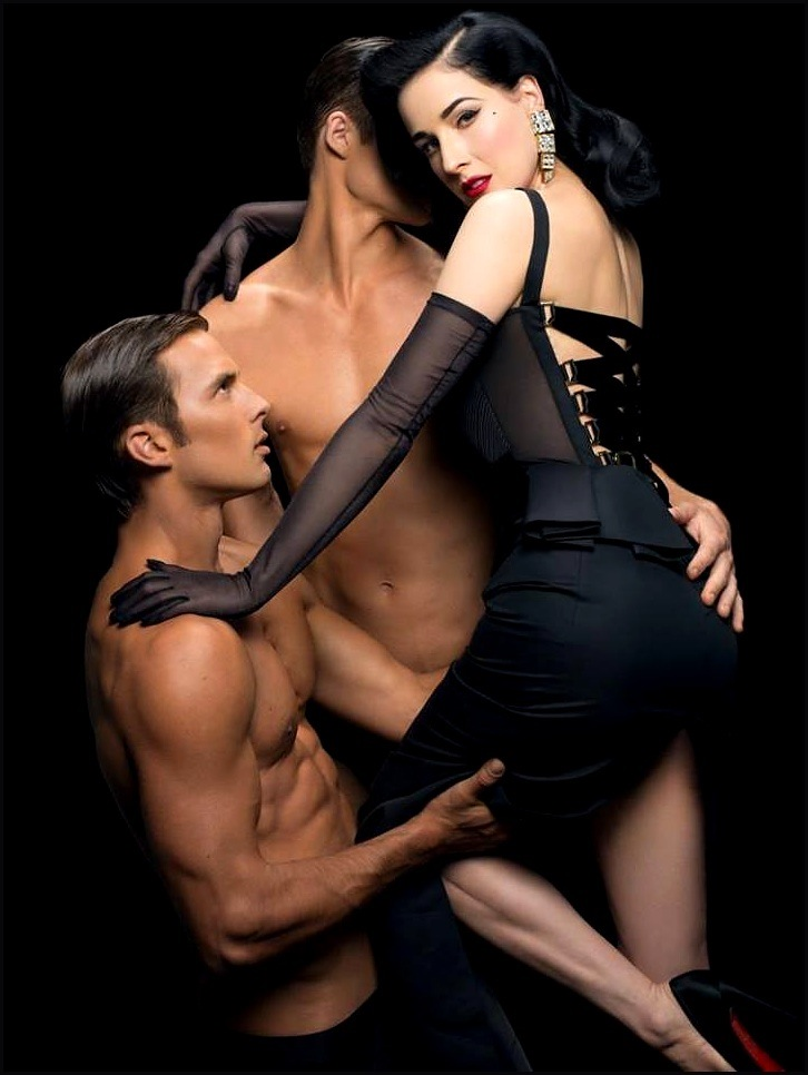dita_von_teese_two_oiled_boys