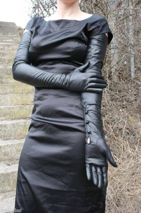 Dress_down_friday_for_domme
